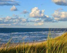 Zdjęcie dla Dlaczego warto zamieszkać nad morzem?